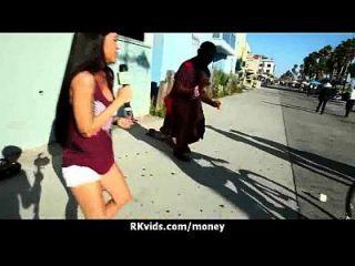 verzweifelt jugendlich nackt in der Öffentlichkeit und fickt zu zahlen Miete 2