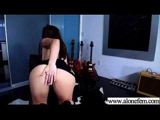 Solo geile sexy Mädchen verwenden alle Arten von Sachen in Löcher Film 28