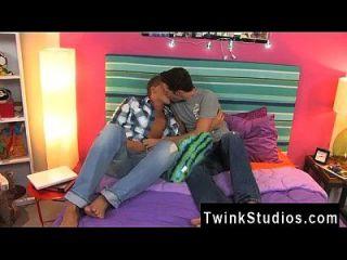 Homosexuell Porn diese 2 Männer Cameron Greenway und Ryan Stein sind jung, heiß,