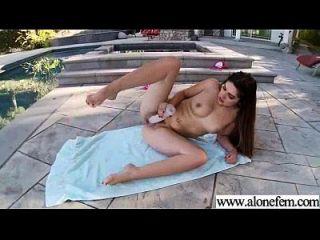 allein geiles Mädchen benutzt Sexspielzeug auf cam video 24