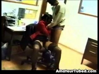 busty indian girl fuck im Büro