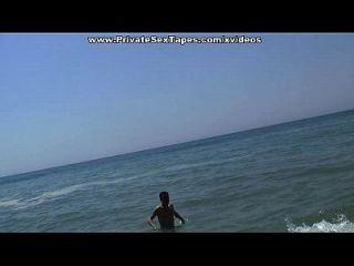 Öffentliche Freundin ficken in der Nähe der Strand-Szene 3