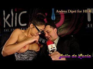julia de lucia bringt einen lutscher in ihre vagina für andrea diprè
