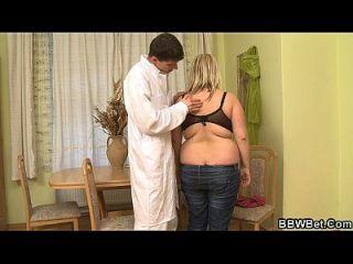 Busty Fett Mädchen Skinny Kerl heißen Sex