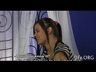 1. Mal achtzehn Jahre alten Porno