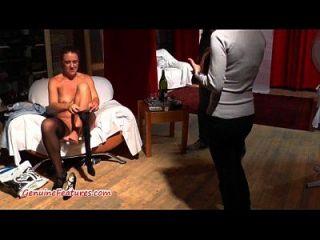 wilde tschechische milf fickt mit jüngerem Kerl beim Casting