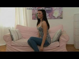 sehr aufregende Porno Puppe Videoszene 1