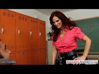 Redhead Sex Lehrer syren de mer fucking im Klassenzimmer