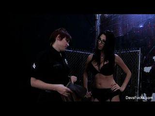 Lily Cade der Polizist Pony Dava Foxx