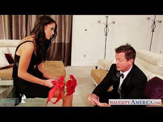 Busty Brünette Whitney Westgate Reiten Hahn bei der Hochzeit