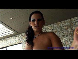 angelina castro in cum aus schwarzem Schwanz abgedeckt!