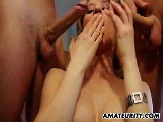 Amateur Teen Freundin anal mit Doppel-Penetration und Sperma