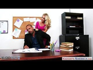 superb blonde karla kush fucking im büro
