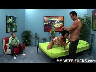 Aufzeichnung Ihrer Frau, während sie von einem Fremden gefickt wird