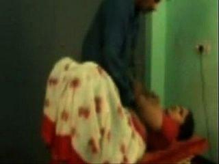 Szene der tamilischen Tante fucking mit ihrem coloader porn Video pornxs.com