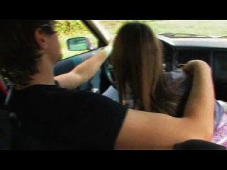 geile teen saugt hahn im auto wethornycams.com