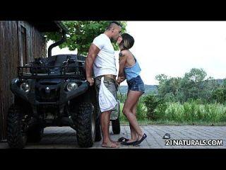 sexy hardcore erotica auf dem bauernhof mit mona kim