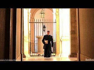großer Schwanz im Vatikan