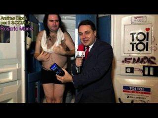 kleinste Penis überhaupt: Rosario muniz completamente nudo presentato da andrea diprè