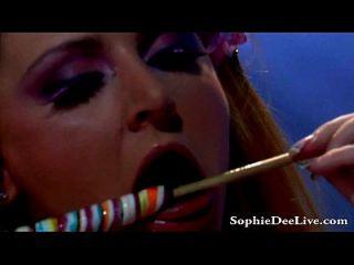 big tit sophie dee leckt lollipops und pussy!