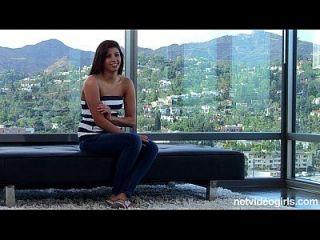 Latina erste Timer fickt auf Kamera, liebt es.