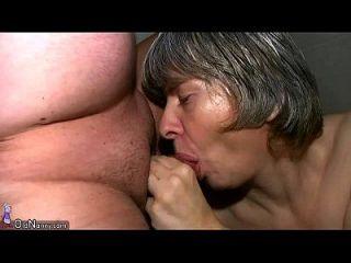 oldnanny granny saugen dick und ficken hart