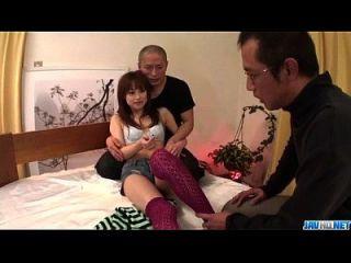 schlanke miina yoshihara fühlt sich bedürftig in dreißig ficken