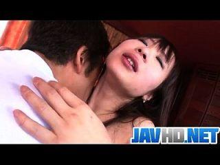 asian yuwa tokona genießt hunk zu ficken sie gut