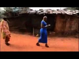 afrikanische Mädchen erhielten große natürliche Beute Afrika