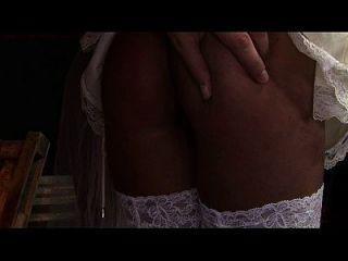 Jungfrau Braut Gezeiten und schmerzhaft gefickt