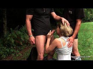 spritzen französisch reifen harten anal gepeitscht und doppelt durchdringt im freien
