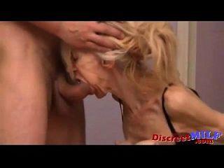 faltig und schlanke Oma gefickt werden
