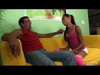 teen latina wird für immer gefickt