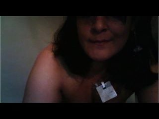 Spanische Mutter will etwas Schwanz in ihren Arsch