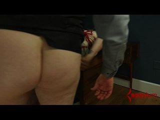 assmouth 2: Analschmerzen und Zerstörung für Skinny Masochist