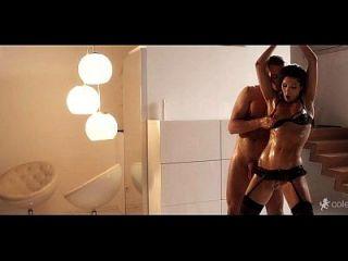 Porno-Video mit Alina von xnnxx.biz