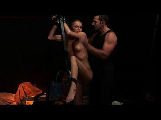 gequälter und dominierter Sexsklave