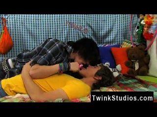 Foto Sex Homosexuell Ganzkörper Pakistan Josh Bensan ist ein bisschen Dude Esser.