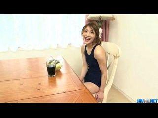 Oral Abenteuer zu Hause entlang junge yuu mahiru