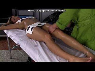 Ritas Mund- und Vaginalmassage für den Masseur Hahn
