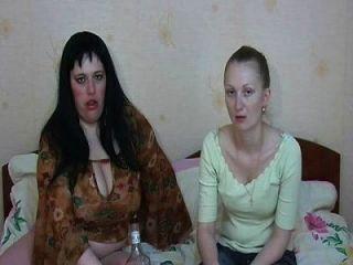sexy Mädchen erbrechen Kotzen Kotzen Erbrechen Knebeln