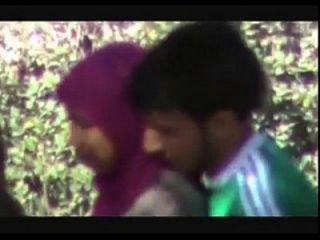 indiangirls.tk Paare gehen geil doiing quicky im Park mms