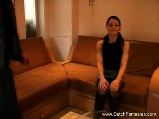 Skinny holländische Teenie hart gefickt