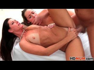 lola foxx und stepmom india sommer share cock