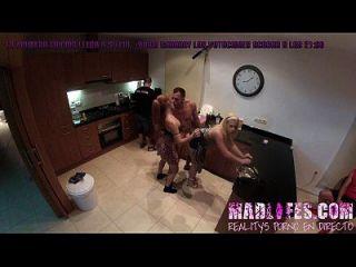 madlifes.com reals porno español follada salva y yarisa cocina cam cocina