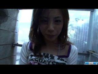 natsumi mitsu sehnt sich danach, diesen leckeren Schwanz zu verschlingen