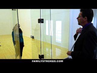 familystrokes schritttochter von pervers vati gefickt