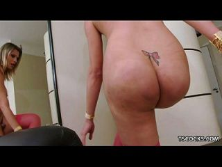 sexy, smooth MILF Beug mich und fick mich genuine woman, would like