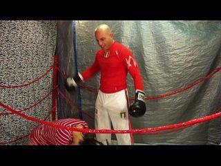 Mann gegen Frauen Boxen / Bauch Stanzen Spiel 18 Jahre weiblich vs Mann Intergender