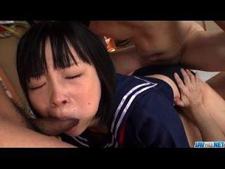 sensationelle Gangbang mit jungen Yuri Sakurai